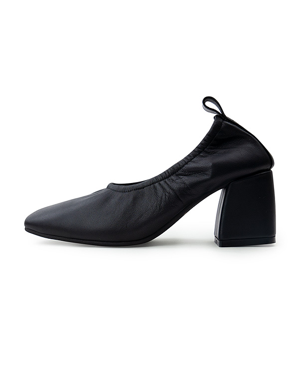 【送料無料】【NEW】Soft Leather Square Pumps