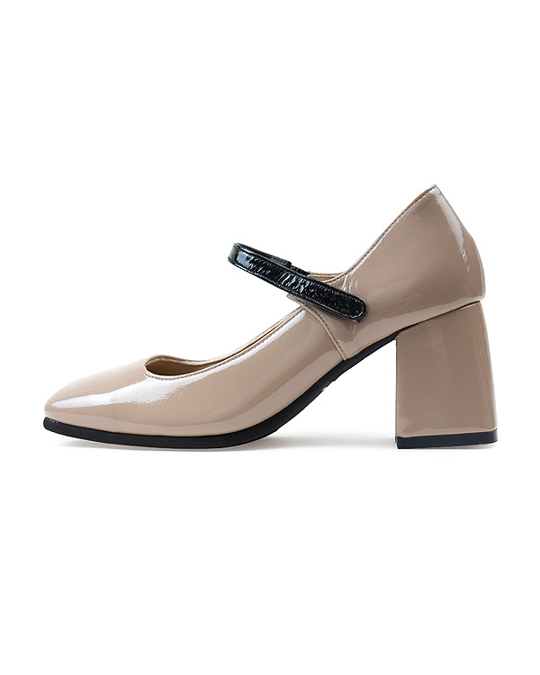 【送料無料】【NEW】Strapped Square Pumps